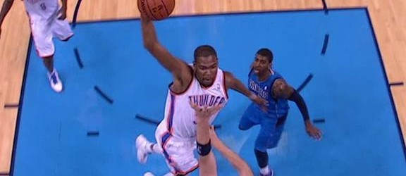 oklahoma-thunder-kevin-durant-posterizes-dallas-mavericks-center-chris-kaman-video.jpeg