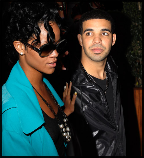 rihanna-drake498 Rihanna - Whats My Name Ft Drake