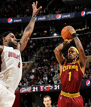 james-gibson-story-getty Twitter Fight! Heat LeBron James upset with Cavs Daniel Gibson & makes it known