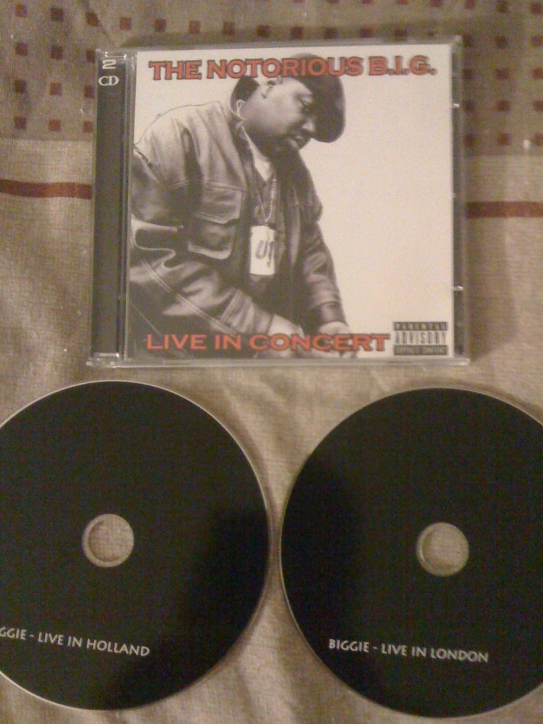 000-the_notorious_b.i.g.-live_in_concert-2cd-bootleg-2011-proof-ftd-768x1024 The Notorious B.I.G. - Live In Concert (Double CD) (Album)