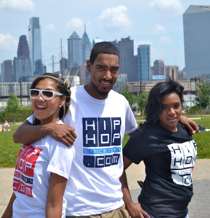 Group-Pic HHS1987.com Photoshoot With @AccordingToNad @AshByrdie & @RayRay215
