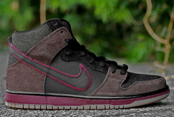 Nike SB 'Reign in Blood' Dunk Hi x Brooklyn Projects Releasing