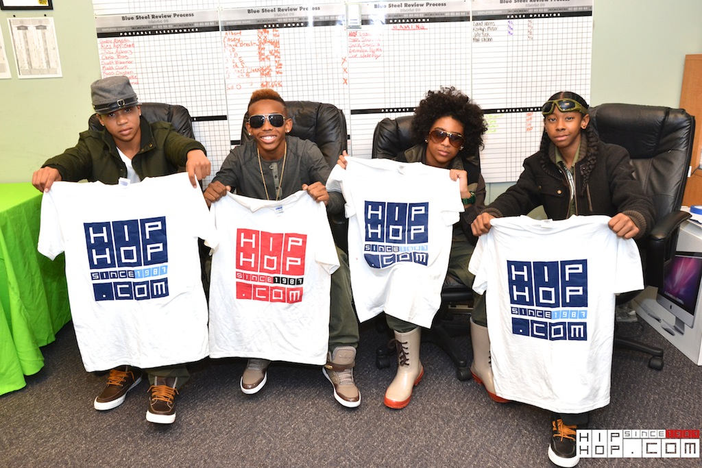 Mindless Behavior (@MindlessBhavior) HHS1987.com Interview + In-Store Signing (Fairless Hills, Pa) (Video)