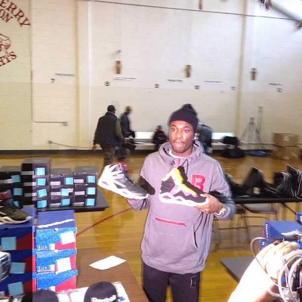 Meek Mill (@MeekMill) Giving Away Reebok Sneakers @ Strawberry Mansion H.S. 12/12/11 (Video)