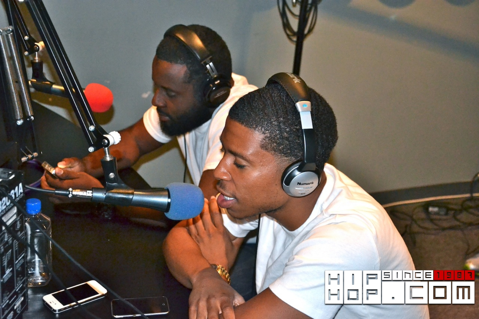 @Team1Thing ( @al_1thing @danablack55st ) on @TheMarqueRadio 12/1/11 (shot by @socialscenestv )