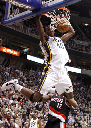 jeremyevans1 Checkout The 2012 NBA Slam Dunk Contestant Introductions (via @BrandonOnSports)