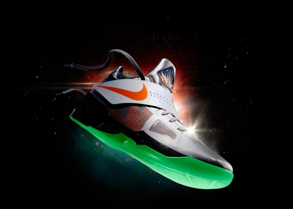 nike-basketball-2012-nba-all-star-game-collection-officially-unveiled-4-600x428 Lebron, Kobe & Durant's Nike Basketball All Star Game Sneakers
