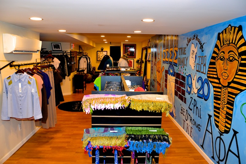 Greek-Life-Boutique-18 Checkout The New @GREEKandLIFE Boutique On Temple University's Campus