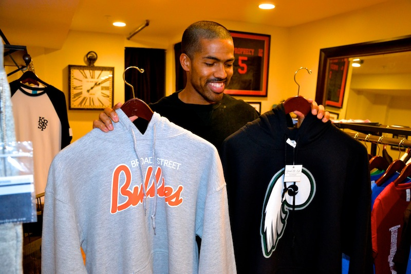 Greek-Life-Boutique-24 Checkout The New @GREEKandLIFE Boutique On Temple University's Campus