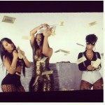yo-gotti-shoots-a-video-for-i-got-dat-sack-featuring-yaris-sanchez-maliah-michel-and-keysha-dior-4