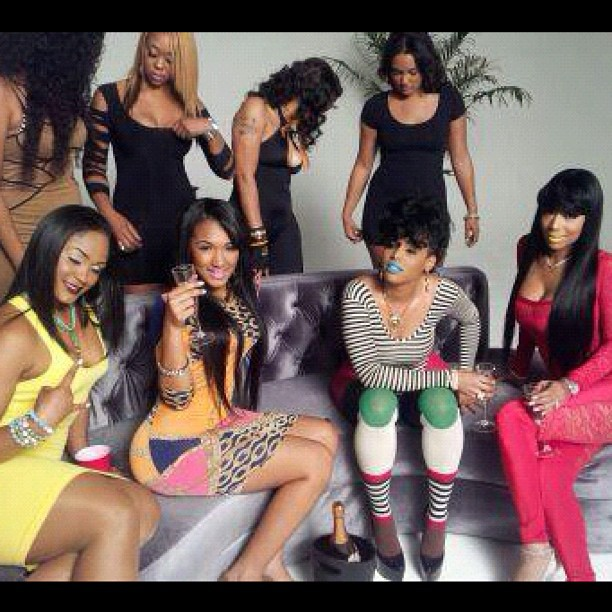 yo-gotti-shoots-a-video-for-i-got-dat-sack-featuring-yaris-sanchez-maliah-michel-and-keysha-dior-8