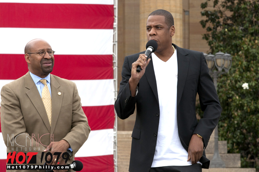 jay-z-explains-his-mindset-behind-made-in-america-festival-video-HHS1987-2012