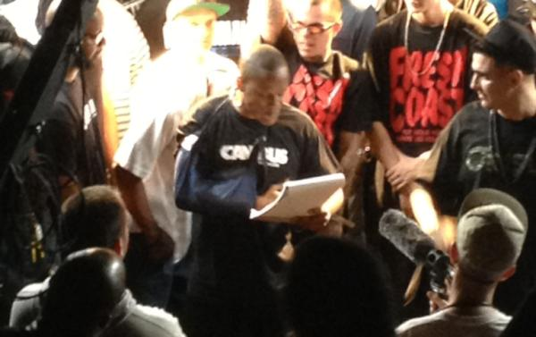 Canibus Reads His Bars From A NOTEPAD in a Live Rap Battle (Video)