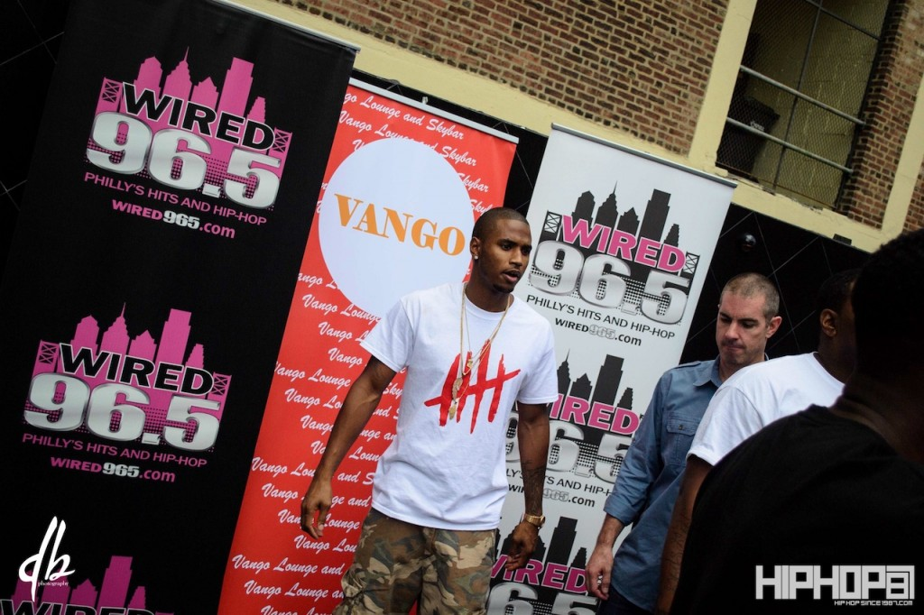 Trey songz chapter v philly meet greet at vango via trey songz meet greet 1 1024x682 trey songz chapter v m4hsunfo