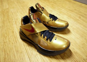 lowest price 9f76c 738d2 cover Nike Zoom KD IV Gold Medal + United We Rise