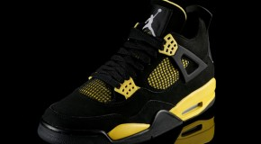 Air Jordan 4 (Thunder) Preview