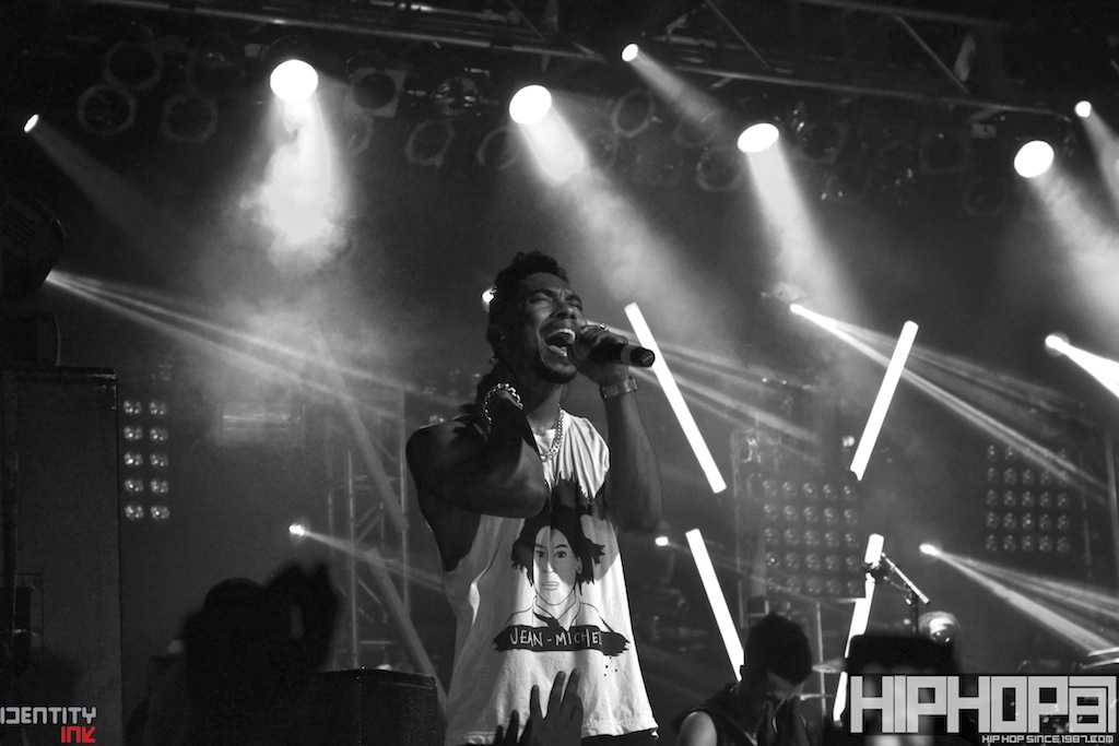 Miguel x TLA Philly (September 27, 2012) (Photos)