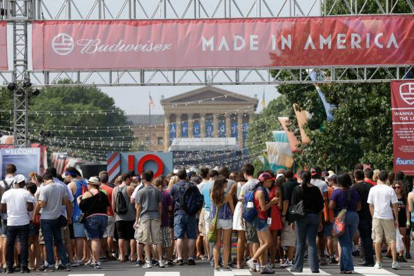 odd-future-made-in-america-festival-set-full-video-HSH1987-2012 Odd Future Made In America Festival Set (Full Video)