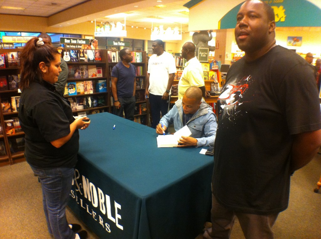 "tip-2-1024x764 T.I. (@TIP) Atlanta Barnes & Noble ""Trouble & Triumph"" Book Signing (Photos)"