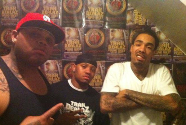 468471577 Rookie Snow (@ROOKIESNOW206) - Whippin' Ft. Gunplay (@GUNPLAYMMG) (Prod by @KinoBeats)