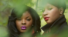 Lady: Nicole Wray (@ITSNICOLEWRAY) and Terri Walker (@TheRealMzWalker)