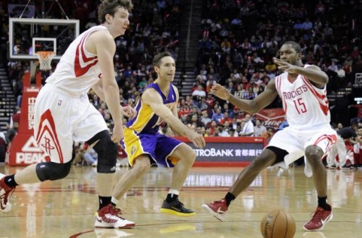 Lakers Guard Steve Nash Becomes 5th NBA Player With 10,000 Assist