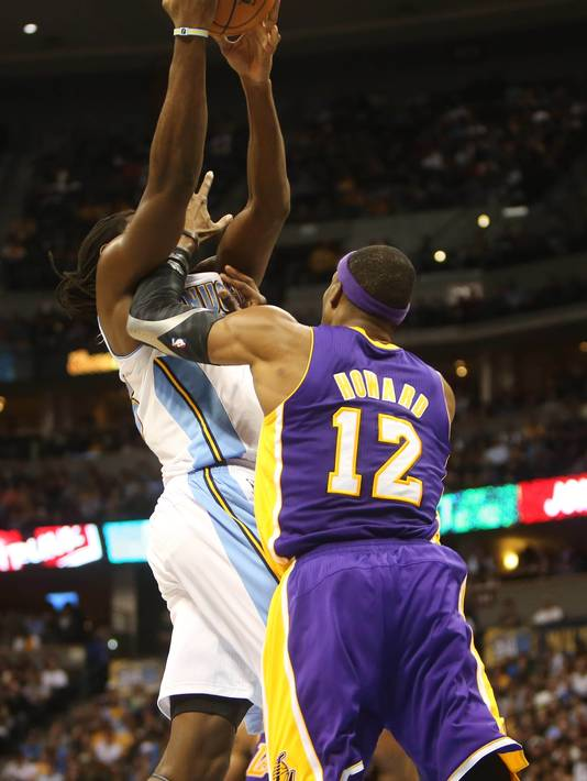 denver-nuggets-manimal-embasses-lakers-center-dwight-howard-video.jpeg