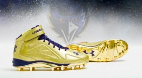 Ray Lewis&#8217; Gold Under Armour Commemorative Cleats