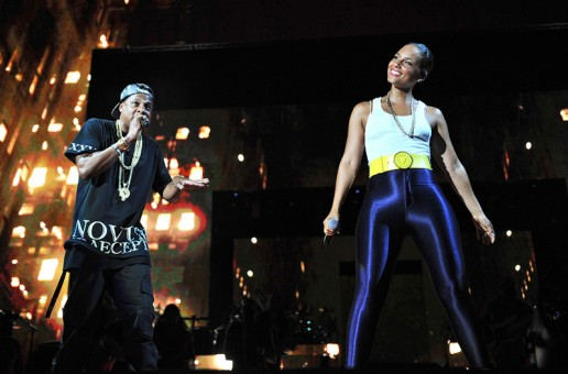 "Jay-Z & Alicia Keys Perform ""Empire State of Mind"" Live from Yankee Stadium (Video)"