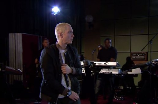 Eminem – Berzerk (Live At BBC Radio 1) (Video)