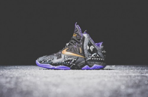Nike and Jordan Black History Month BHM Sneaker Politics 2 1024x1024 565x372 500x329 Nike Lebron 11 Black History Month (Photos)