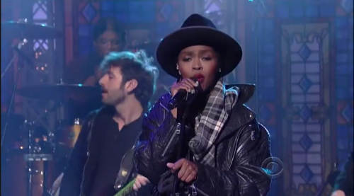 Lauryn Hill Covers The Beatles' Something On Letterman