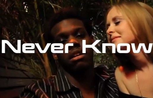 Alexander Dreamer – Never Know (Official Video)