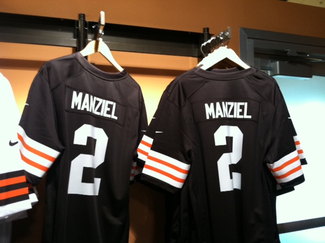 photo1 Cleveland Browns Rookie Johnny Manziel Leads NFL Jersey Sales 1b9a485a3
