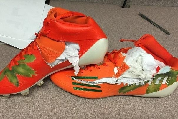 image12 Hated It: Warren Sapp Hates The Switch From Nike To Adidas So Much,