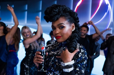 Janelle Monáe Stars In Pepsi Super Bowl 50 Commercial! (Video)