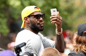 Mo' Money: LeBron James Has Agreed To a 3-year $100 Million Deal with the Cleveland Cavaliers
