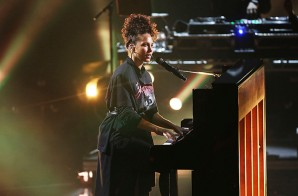Alicia Keys Performs New Song At Apple Music Festival