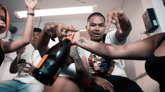 $tupid Young – Trust Nobody (Video)