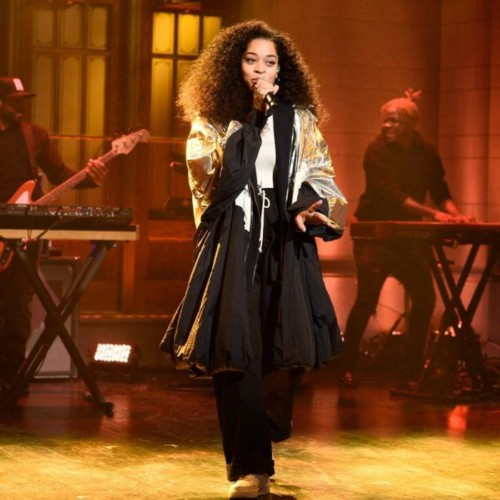 """Ella Mai Performs """"Trip"""" + """"Boo'd Up"""" On SNL (Video)"""