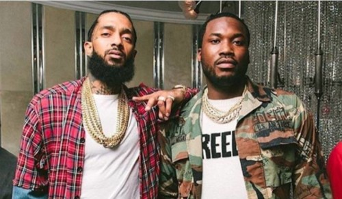 Nipsey-Hussle-and-Meek-Mill-1-500x291 Meek Mill Pays Tribute to Nipsey Hussle With Custom Diamond Chain