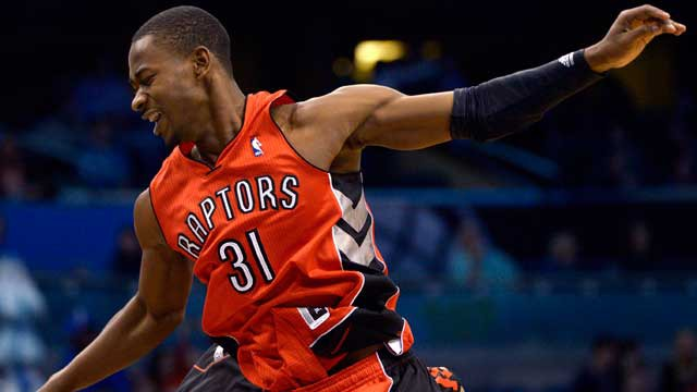 ross_terrence640_640 Toronto Raptors Terrence Ross Nasty Dunk Against Brooklyn (Video)