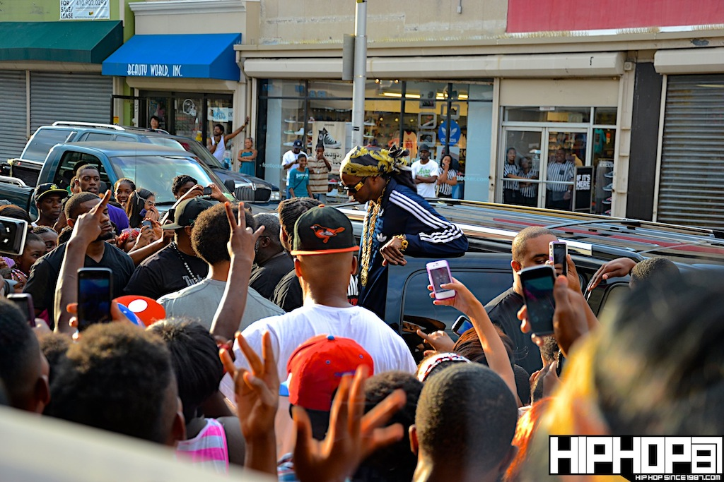 2-Chainz-x-DTLR-Baltimore-8-10-2012-HHS1987-2 2 Chainz - Based on a TRU Story DTLR Baltimore In-Store Signing (Photos)