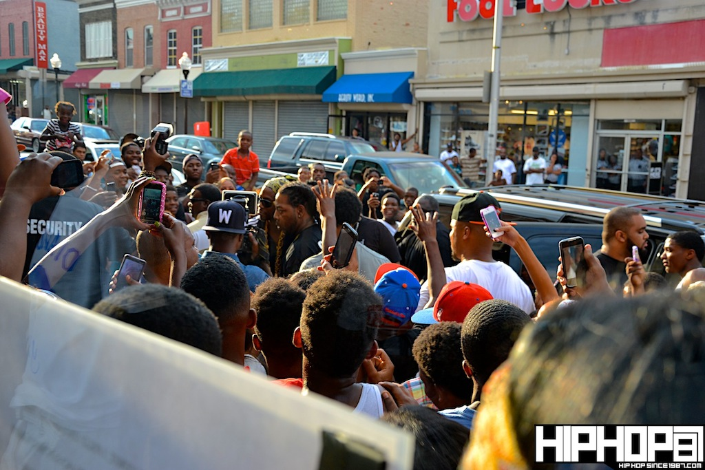 2-Chainz-x-DTLR-Baltimore-8-10-2012-HHS1987-3 2 Chainz - Based on a TRU Story DTLR Baltimore In-Store Signing (Photos)