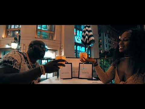 Jaraiyia Alize' – The Piano Man (OFFICIAL VIDEO)